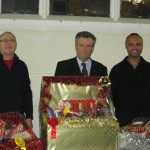 Lodge Brothers Donate Prizes for the 1st Feltham Christmas Tree Festival