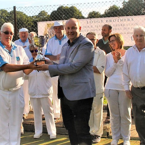 Sponsorship, Trophies & BBQ for Westfield Bowls Club Courtesy of Lodge Brothers