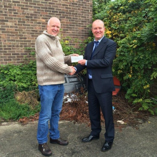 Bethany Chapel Bedfont Receives Donation from Lodge Brothers
