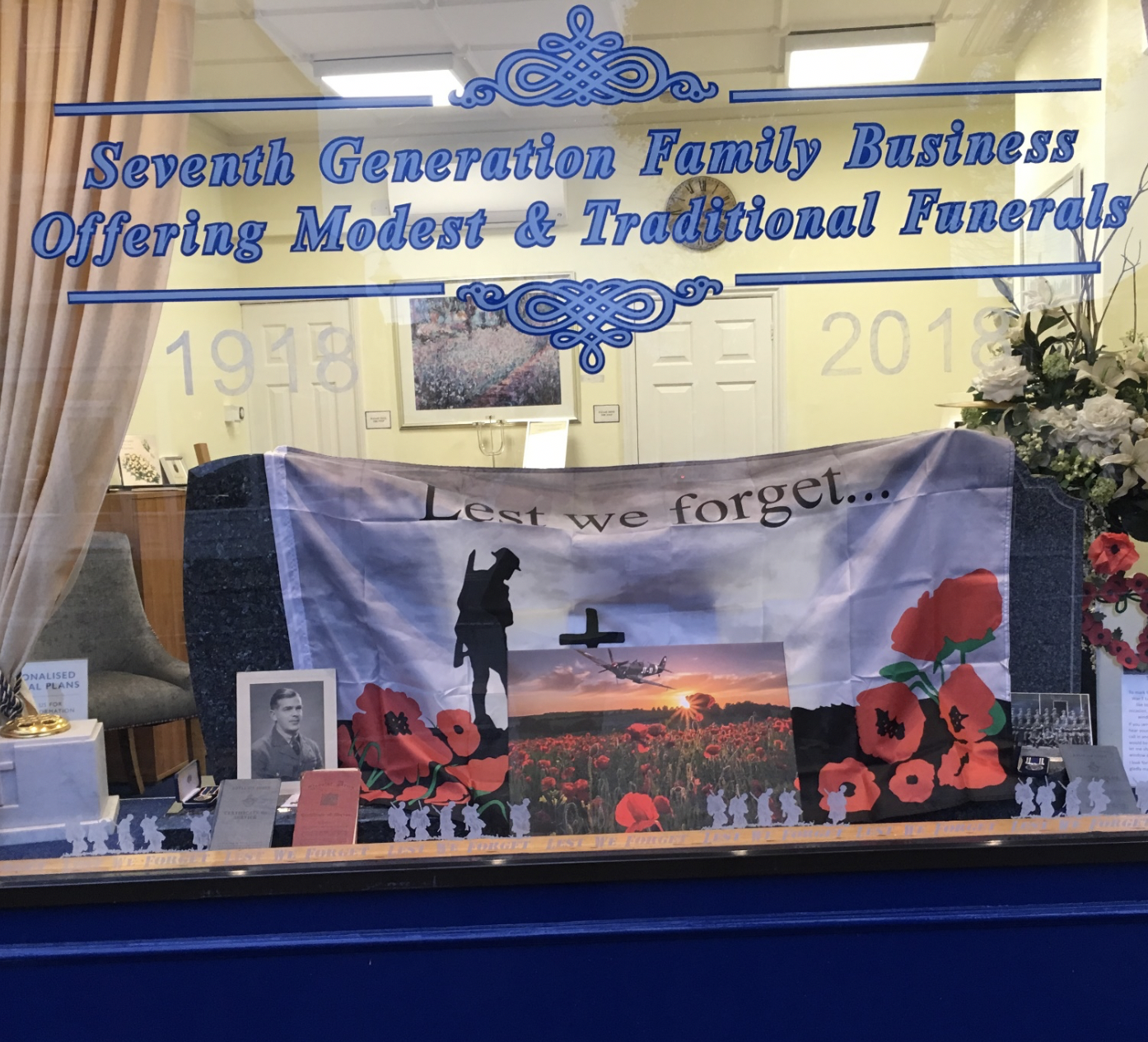 Family Servicemen On Display At Ealing Branch