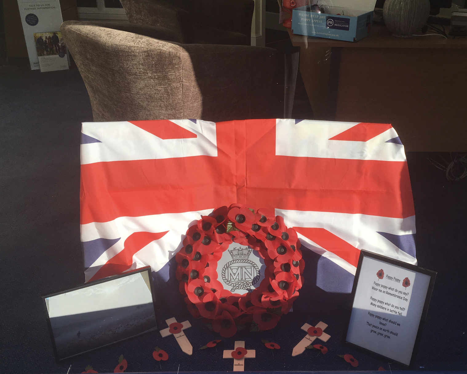 Lodge Brothers, Ascot says: 'Lest We Forget'
