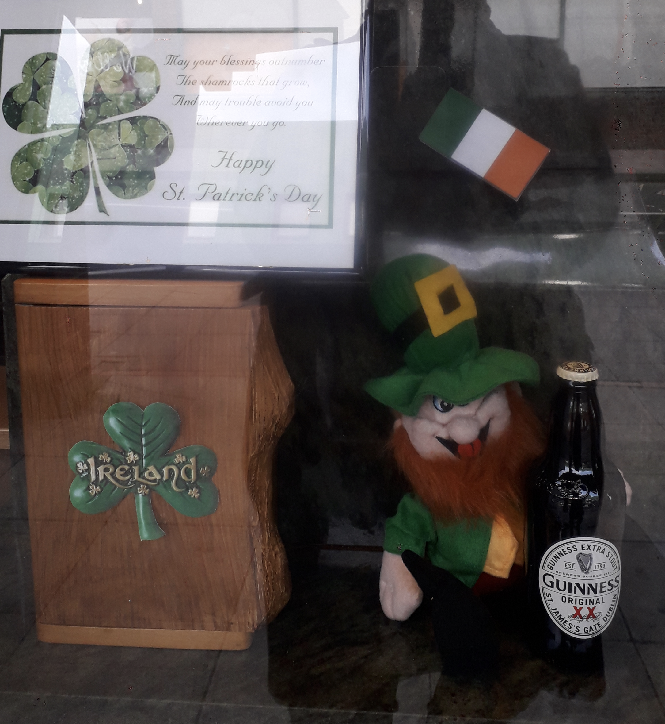 Seamus the Leprechaun Celebrates at Yiewsley Branch
