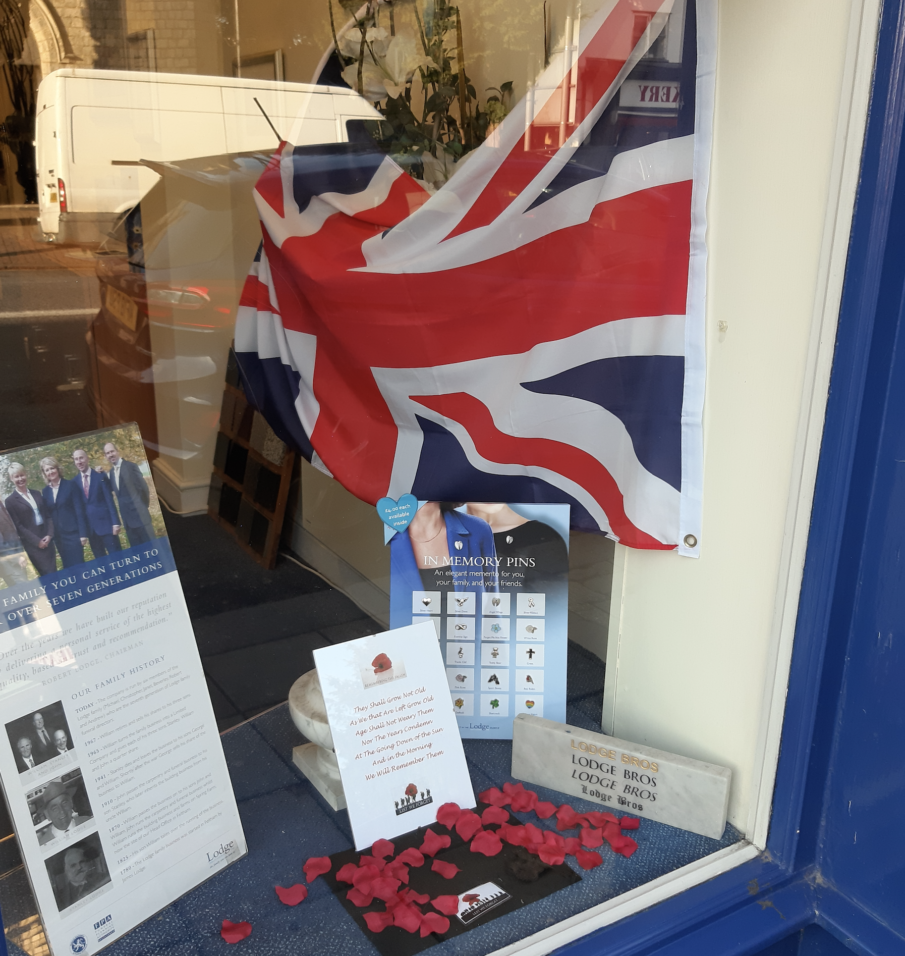 Remembrance Day 2019 Chertsey – Lest We Forget!