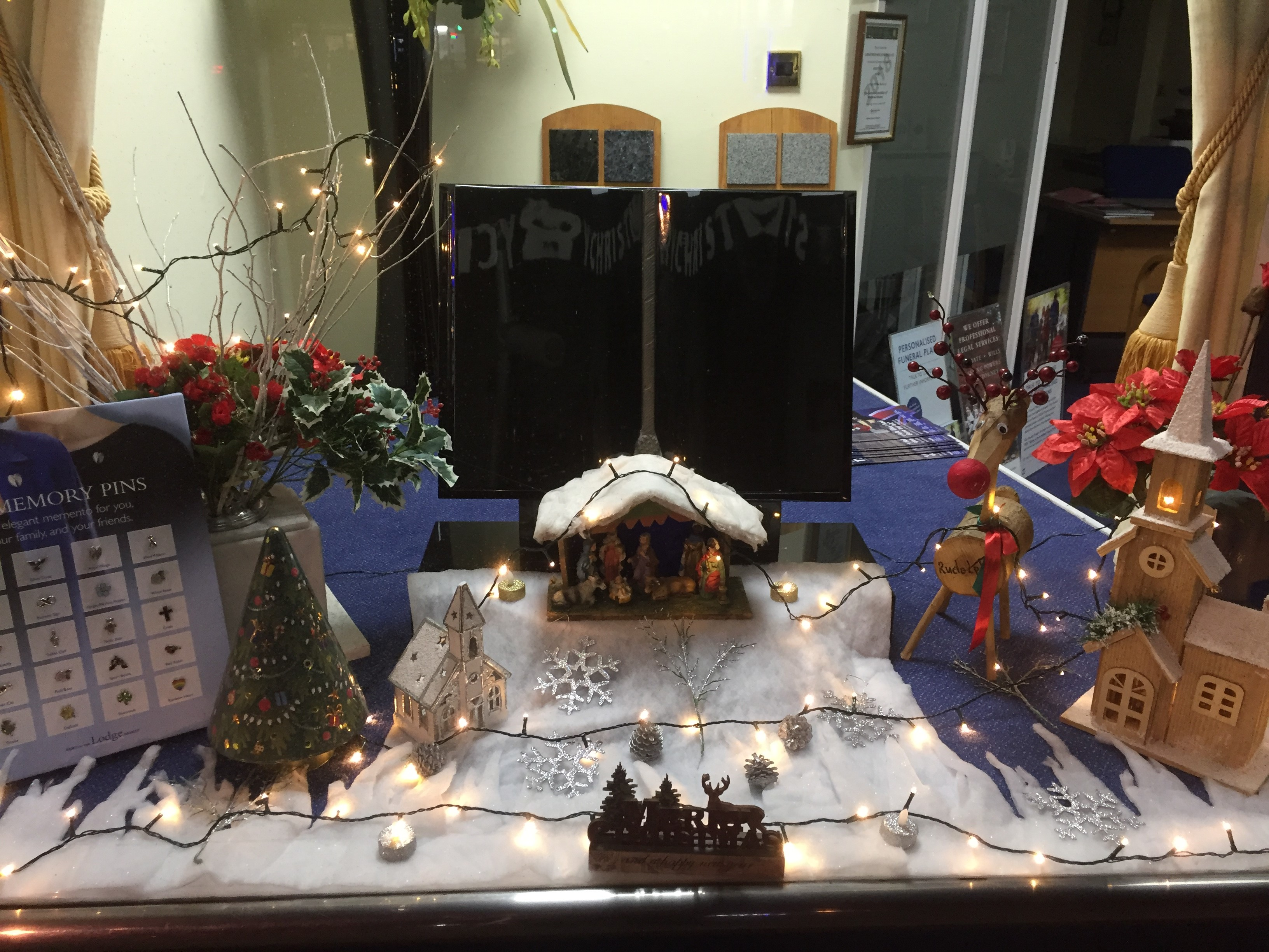 Christmas Remembrance Window at Lodge Brothers Addlestone
