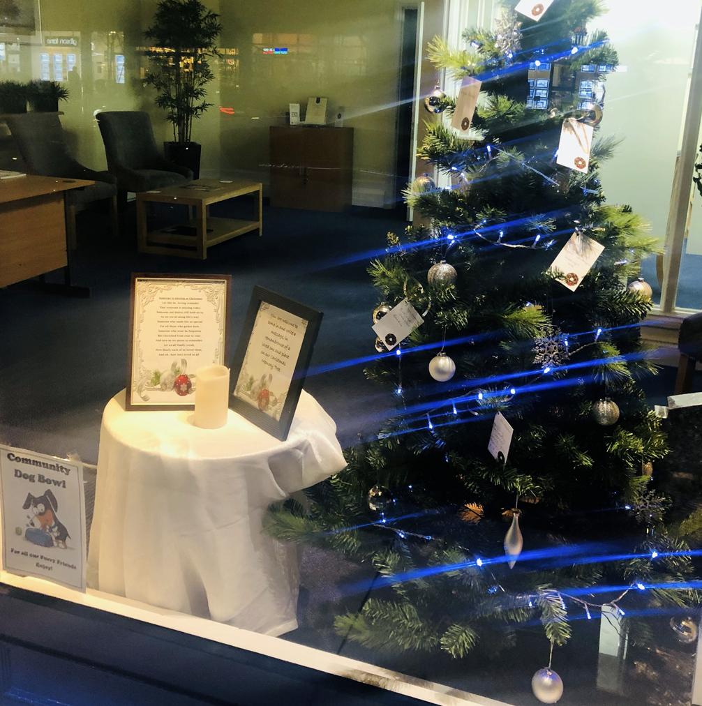 Christmas Memory Tree at Ham Branch